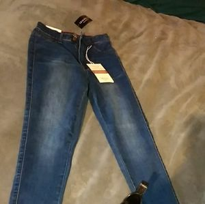 fashionNova high waisted jeans